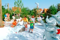 Disney´s Winter Summerland Miniature Golf Course